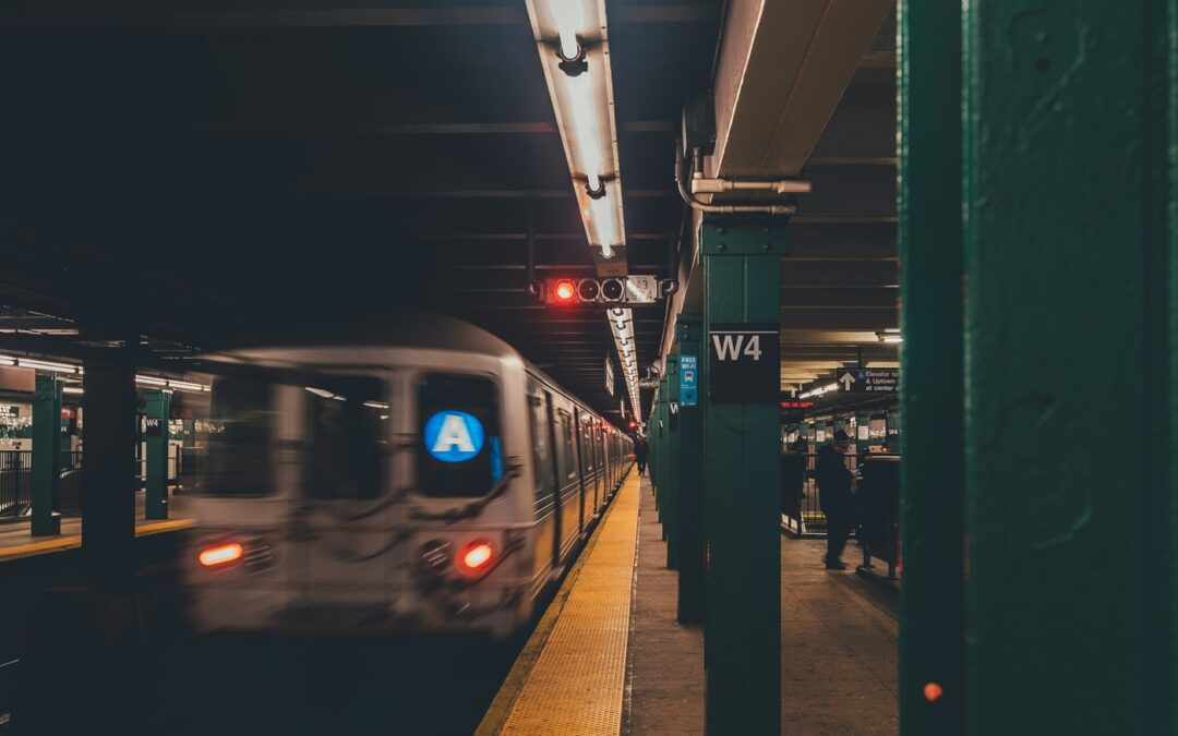 Metro north train derails in new york city…