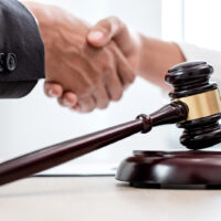 Should I Settle my Personal Injury Case?